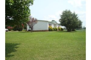 490 Green Allen Springs Rd, Huntingdon, TN 38344
