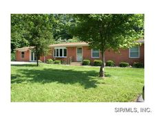 390 Union Hill Rd, Fairview Heights, IL 62208