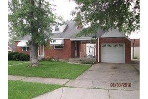 1840 Centerridge Ave, North College Hill, OH 45231