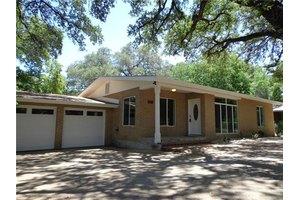 3111 Clawson Rd, Austin, TX 78704