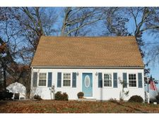 6 Second Ave, Old Saybrook, CT 06475