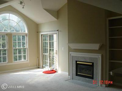 12249 Fairfield House Dr Apt 411, Fairfax, VA