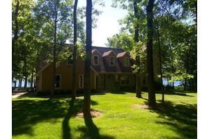 4350 High Point Beach Ln, Port Washington, WI 53074