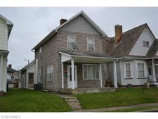 204 Mccook Ave, Dennison, OH 44621