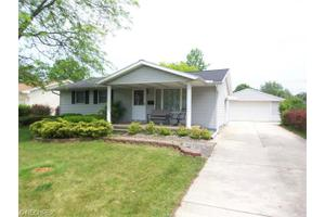 4037 Stanford Ave, Lorain, OH 44053