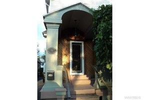 73 Charleston Ave, Tonawanda-Town, NY 14217