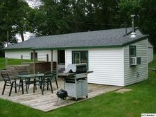 21640 5th St Nw, New London, MN 56273