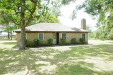25713 Oak Ln, New Ulm, TX 78950