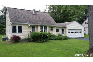 8100 Maple Rd, Clay, NY 13041