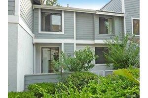 369 Huntington, Irvine, CA 92620