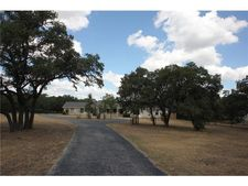48 Country Oaks Dr, Buda, TX 78610