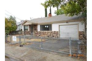 1601 Diamond St, Anderson, CA 96007