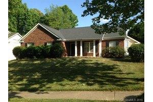 11826 Mallard Ridge Dr, Charlotte, NC 28269