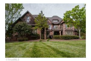 245 Fox Lake Ct, Winston Salem, NC 27106