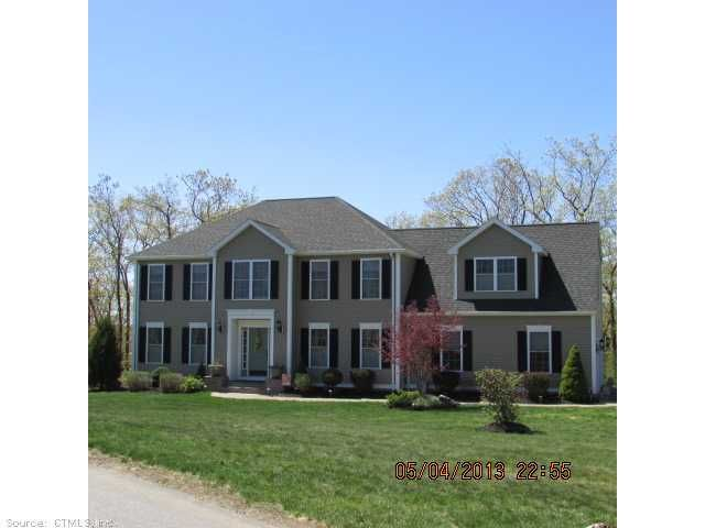 Thomaston 3152 4 Bedrooms And 3 Baths: 154 Martha Way, Thomaston, CT 06787