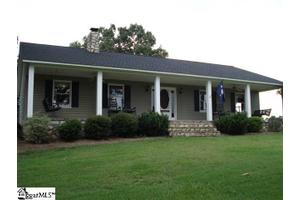 3813 Knighton Chapel Rd, Fountain Inn, SC 29644