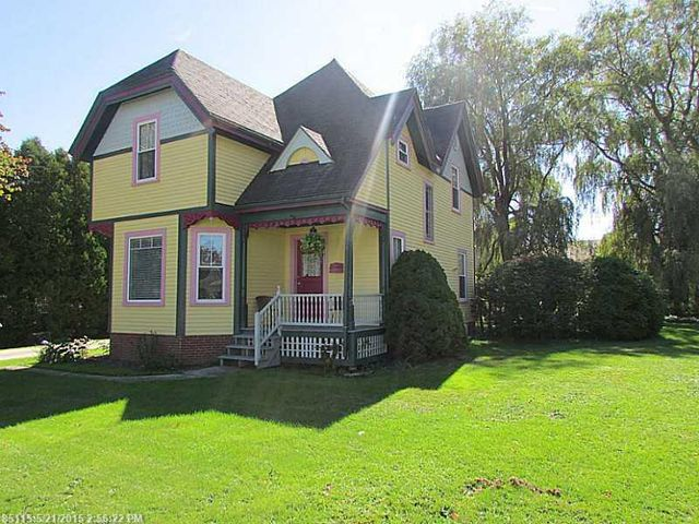 102 masonic st rockland me 04841 home for sale and real estate listing