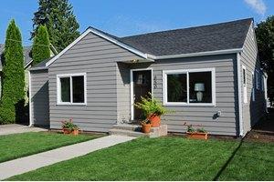 850 S Sullivan St, Seattle, WA 98108