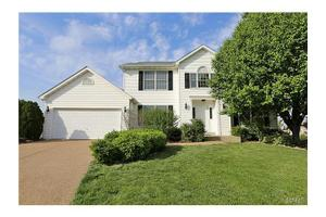 111 Country Crossing Estates Ct, St Peters, MO 63376