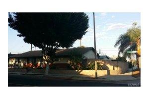 21044 Dolores St, Carson, CA 90745