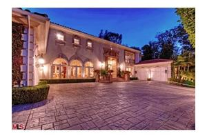 1041 Laurel Way, Beverly Hills, CA 90210