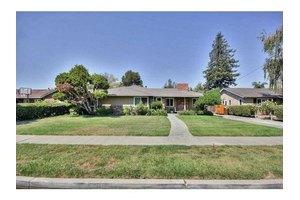 1561 Willow Oaks Dr, San Jose, CA 95125