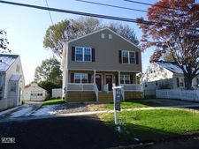 25 Knowlton St, Stratford, CT 06615