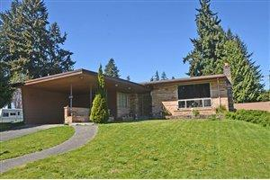 113 Regents Blvd, Fircrest, WA 98466
