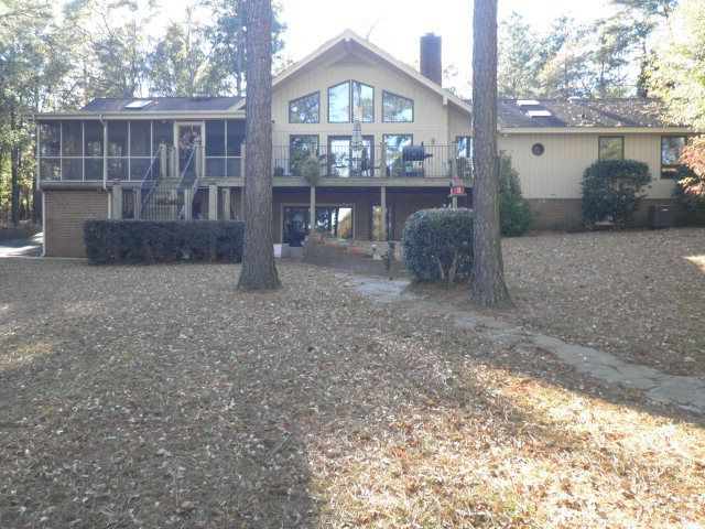 709 lake shore dr goldsboro nc 27534 home for sale and for Modern homes goldsboro nc