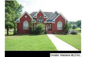 153 Creekview Ln, Lincoln, AL 35096