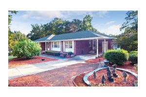 2342 Brookgreen Rd, Sumter, SC 29154