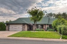 3045 Howard Dr, Redding, CA 96001