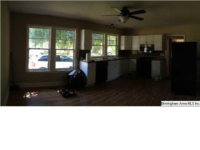 1516 Kicker Rd, Tuscaloosa, AL 35404