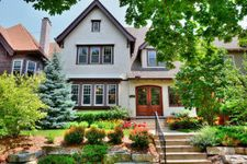 2934 N Stowell Ave, Milwaukee, WI 53211