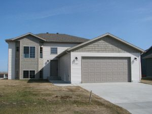 Photo of 1203 4th Ave Nw, Dilworth, MN 56529