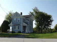 78 Fort Hill St, Fort Fairfield, ME 04742
