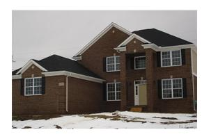 31 Inverness, Highland Twp, MI 48357