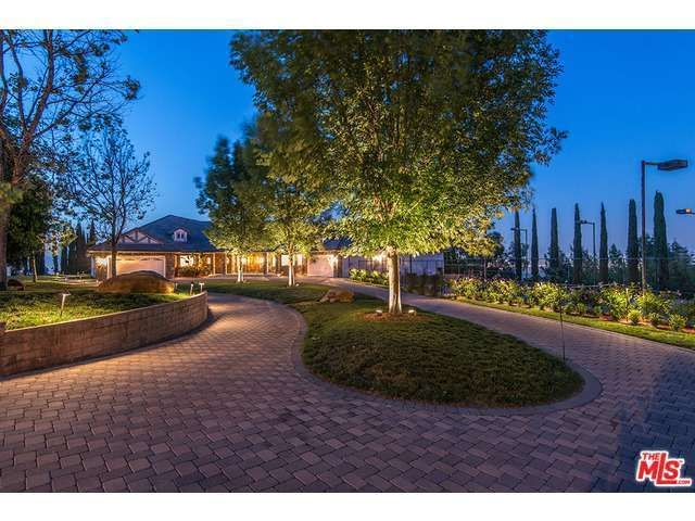 16401 Mulholland Dr, Los Angeles, CA 90049
