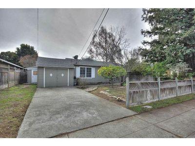 1544 Union Ave, Redwood City, CA