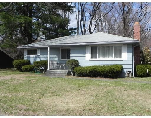 120 Channell Dr, Agawam, MA 01001
