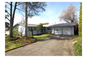 13003 SW 62nd Ave, Portland, OR 97219