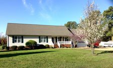 499 Cherry Point Rd, Gwynns Island, VA 23066
