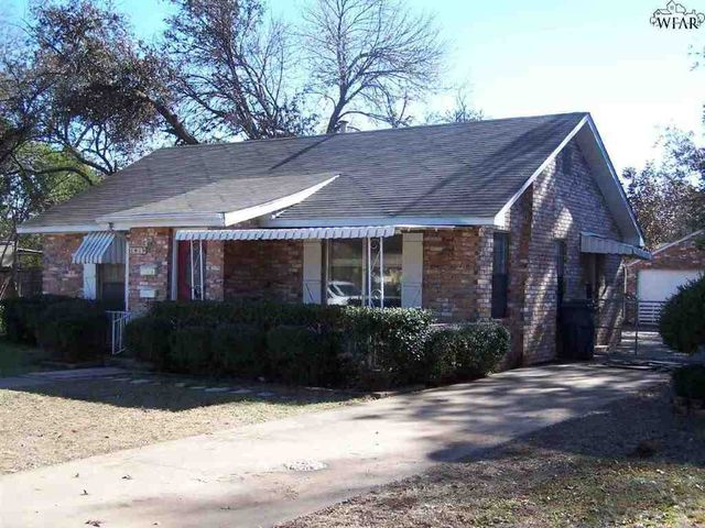 1819 dayton ave wichita falls tx 76301 home for sale for Home builders wichita falls tx