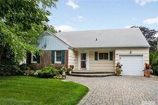 209 Wetherill Rd, Garden City, NY 11530