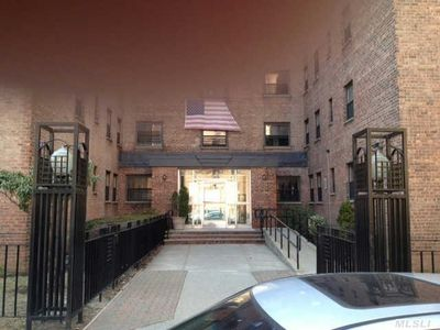 34-10 94th St Apt 4H, Jackson Heights, NY 11372