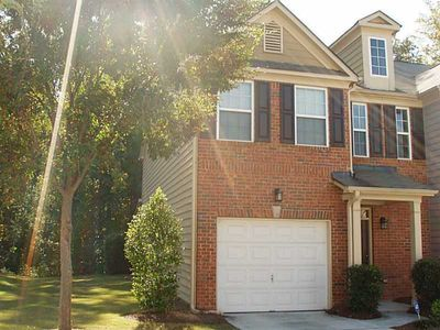 3363 Thornbridge Dr, Powder Springs, GA