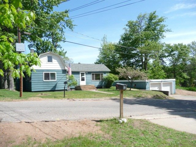 2312 center st marquette mi 49855 home for sale and real estate listing