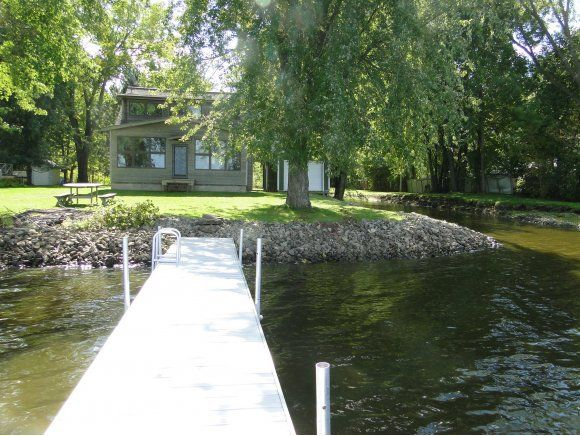 1424 wolf river dr fremont wi 54940 home for sale and for Wolf river fremont fishing report