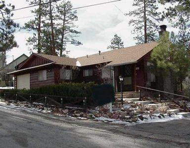 39977 Hillcrest, Big Bear Lake, CA