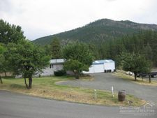 240 E Main St, Canyon City, OR 97820